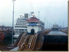 20150504_entering third lock Gatun (Small)