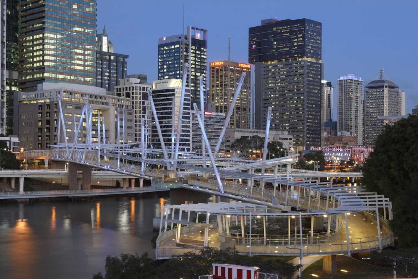 Brisbane queensland australia kurilpa bridge by cox for Cox architecture
