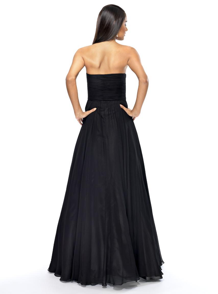 Dress of the Week: Kirstie
