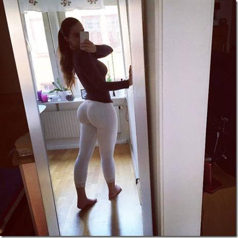 yoga-pants-girls-042