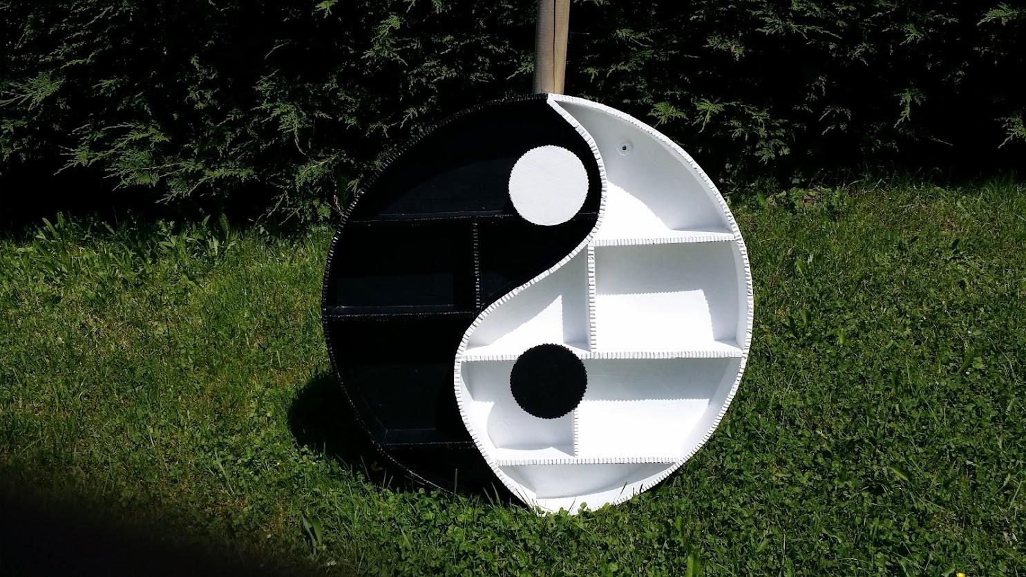 Tag re yin yang en carton et sur mesure voir sur mon for Meuble ying yang