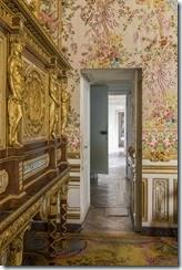 Porte derobee chambre reine -®C. FouinCh de Versailles