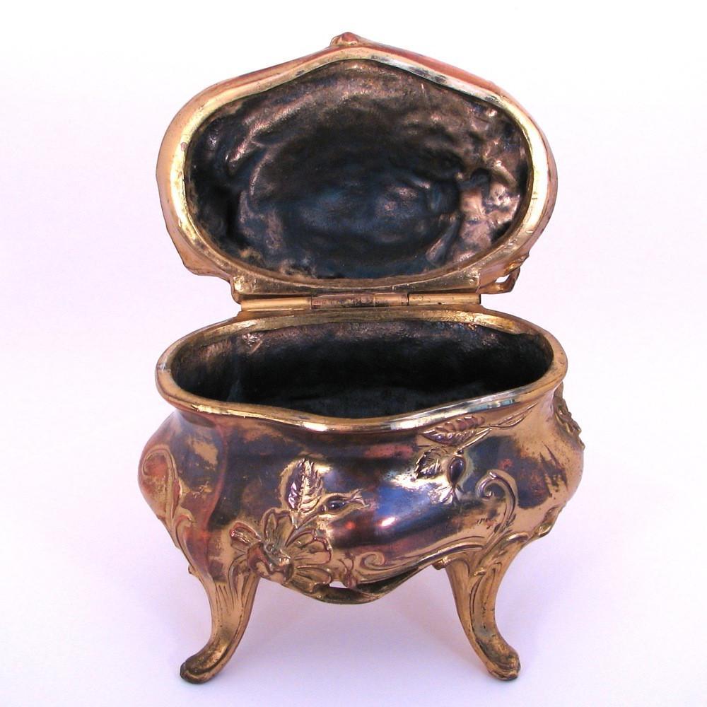 Art Nouveau Jewelry or Trinket