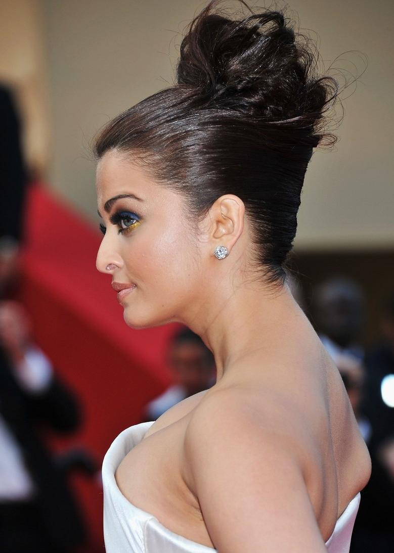 Elexia\'s blog: Aishwarya Rai is pregnant.