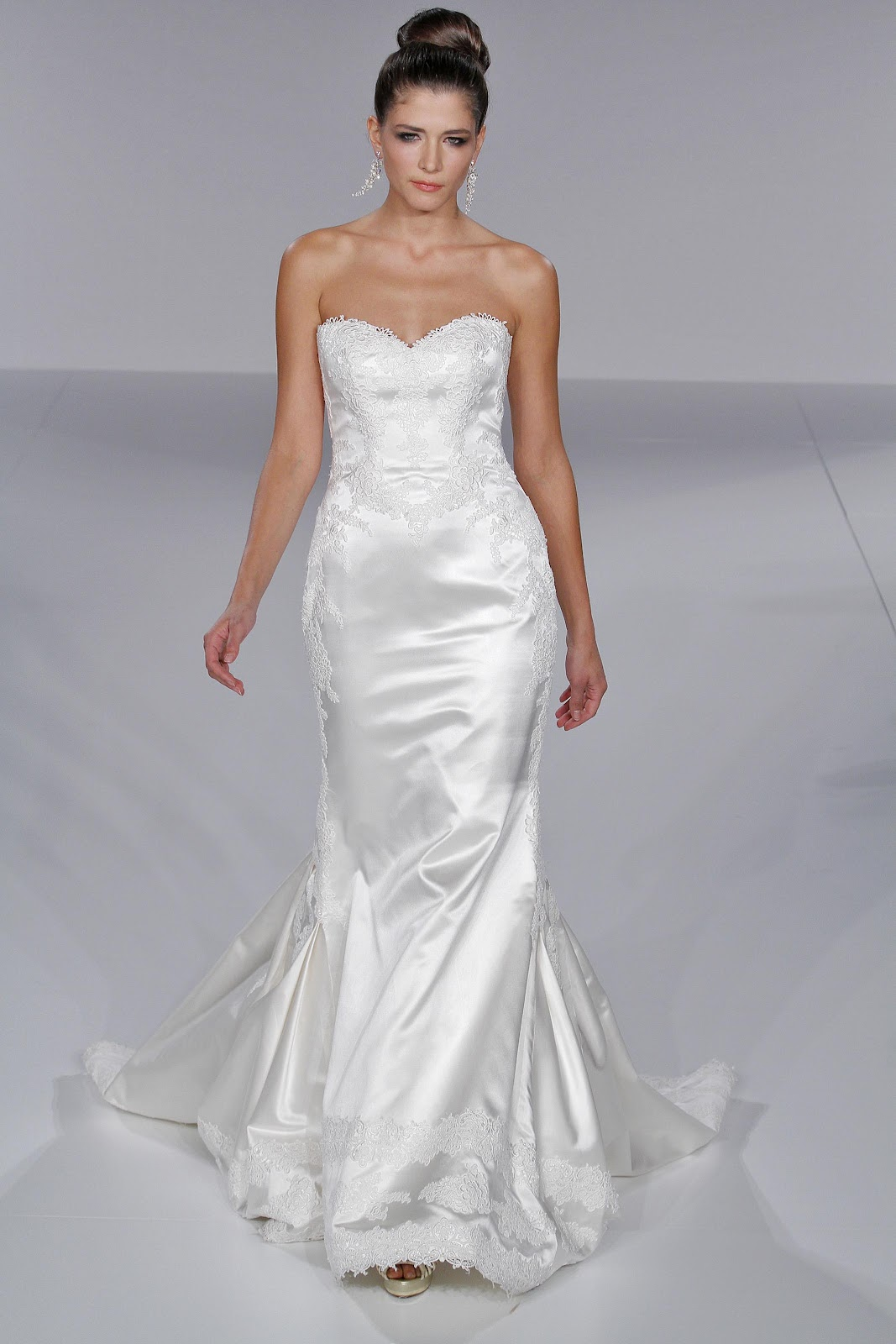 BRIDAL Fall 2010 New York,