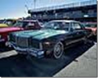 120px-1977_Chrysler_New_Yorker_Brougham_hardtop_sedan_(9600302903)