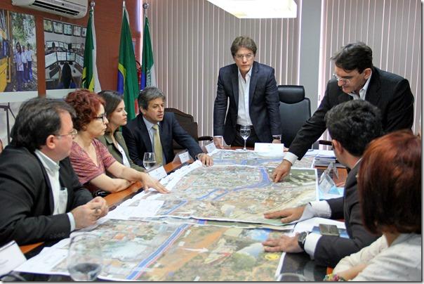 28.10 Reunião com promotores MP sobre obras - Foto Rayane Mainara  (1)