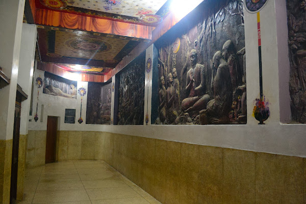 Стены буддийского храма, Шри Ланка