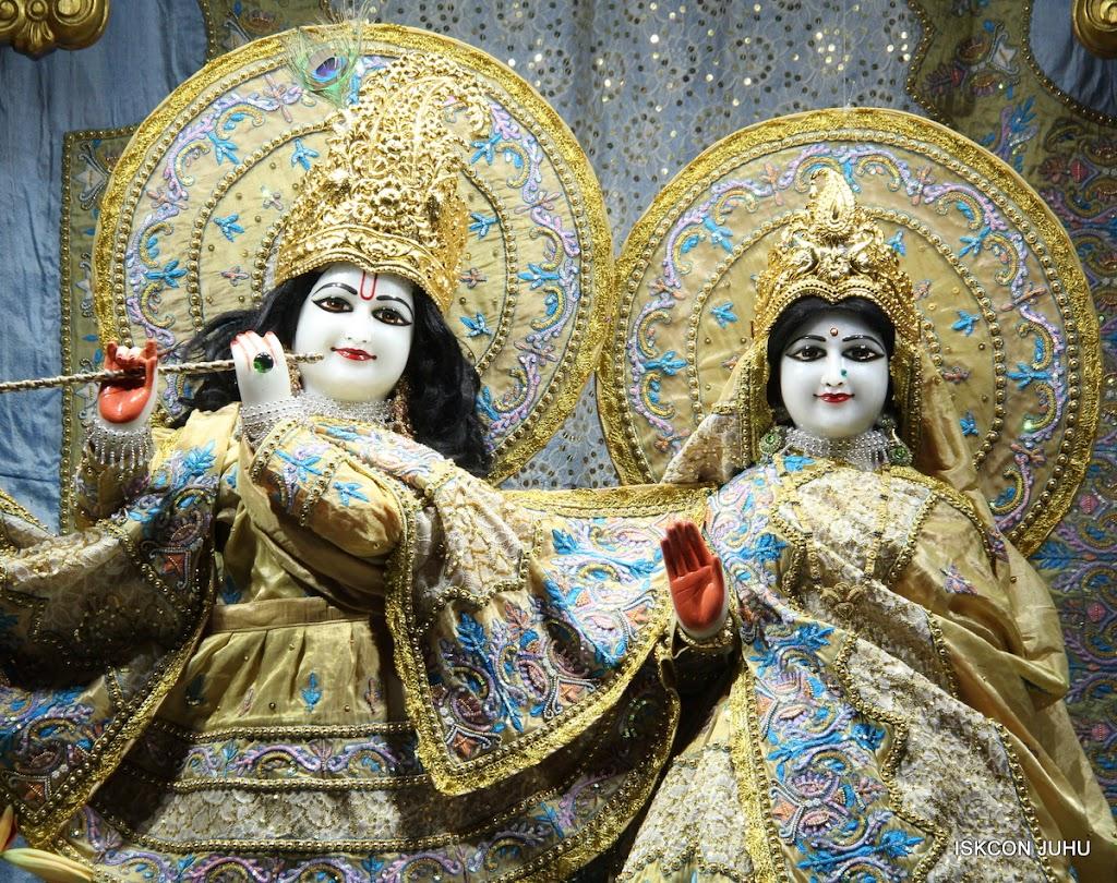 ISKCON Juhu Mangal deity Darshan 09 Feb 16 (24)