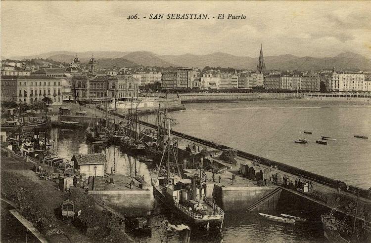 El EDUVIGIS entrando en el muy marinero puerto de San Sebastian. Ca.1925. Foto de la web Gure Guipuzcoa.jpg