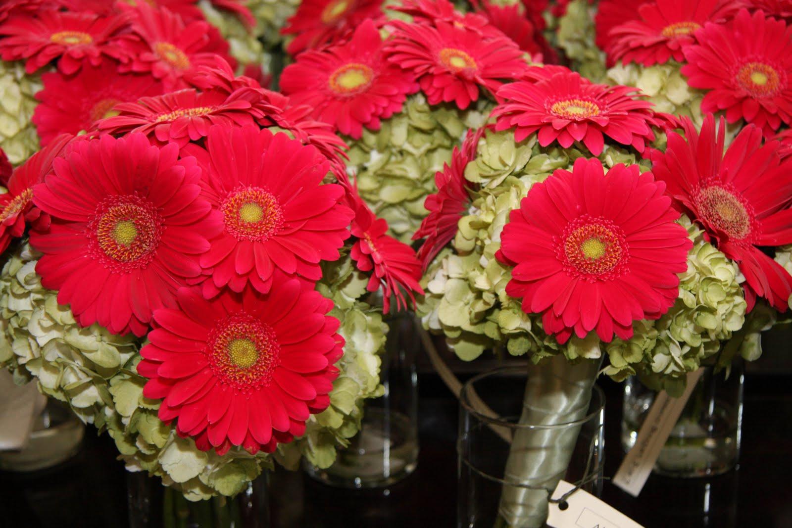 elegant gerbera daisy wedding