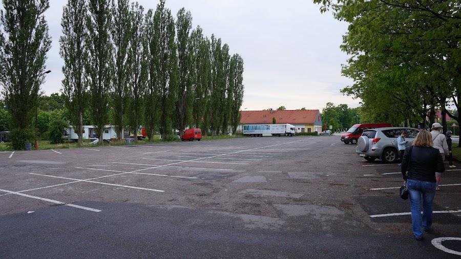Бесплатная парковка в Глубока над Влтавою