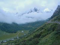 Auf der Ostrampe hoch zum Sustenpass (2224 m). http://www.quaeldich.de/paesse/sustenpass/