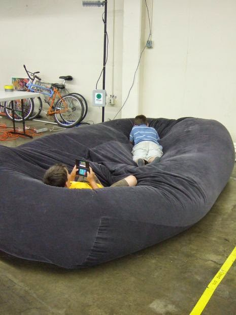 palettenbett sofa sitzsack auflage kissen