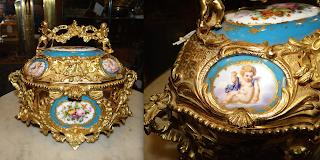 Красивая шкатулка из бронзы. 19-й век. Бронза, золочение, фарфор, роспись. 23/17/20 см. 3500 евро.