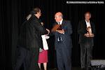 D. Eulogio Dávalos recoge la placa de Honor que la Asociación Cultural Trujamán dedica a D. Juan Ruano