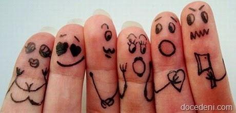 dedos desenhados