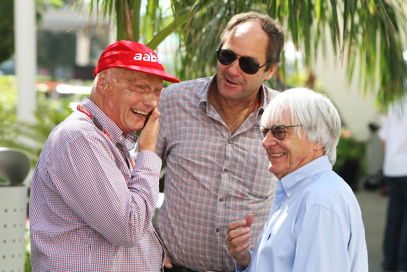 Ники Лауда, Герхард Бергер и Берни Экклстоун на Гран-при Абу-Даби 2011