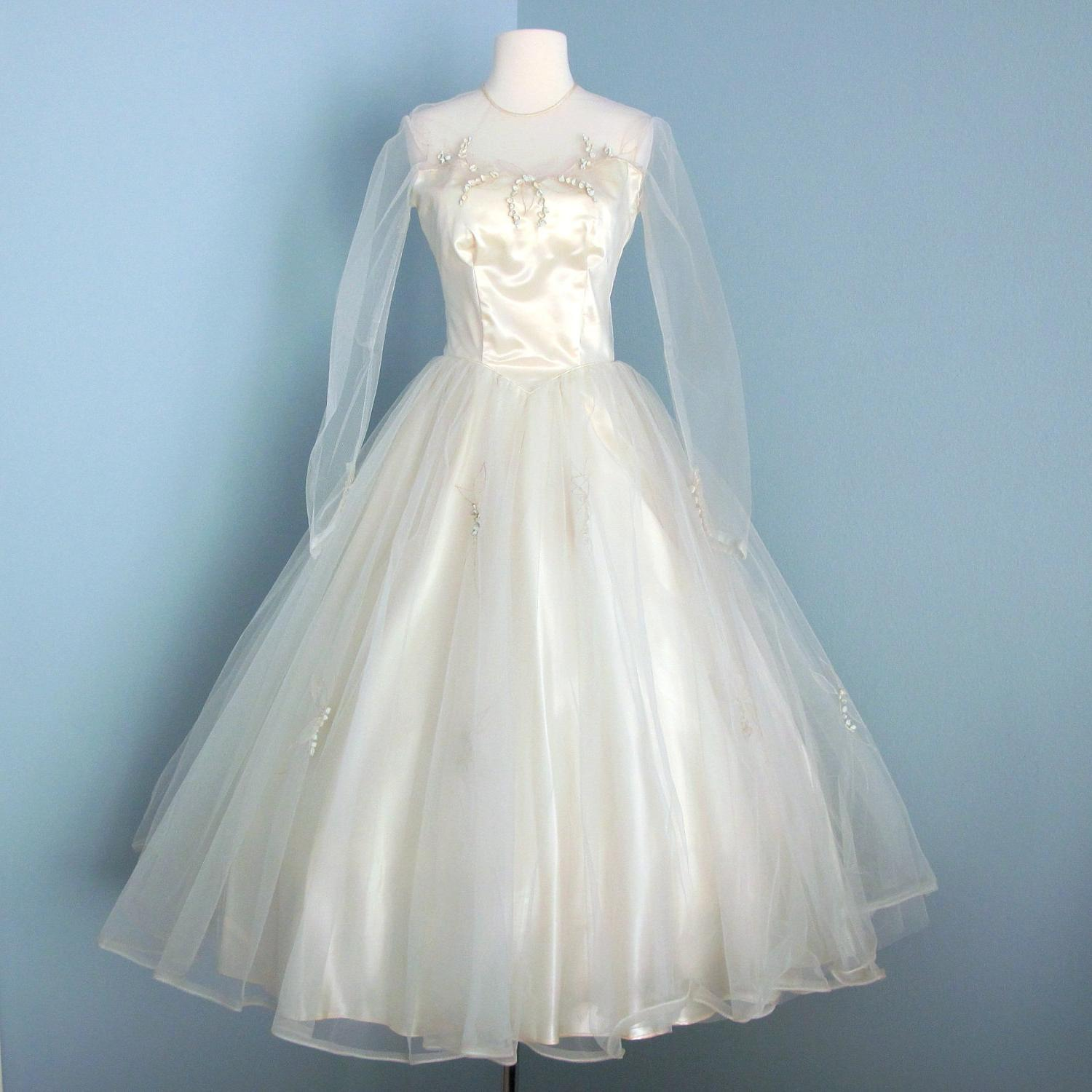 1950s Ivory Tea Length Wedding