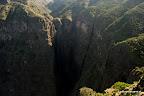 Strome ściany i kilkudziesięciometrowe wodospady to wizytówka Semien