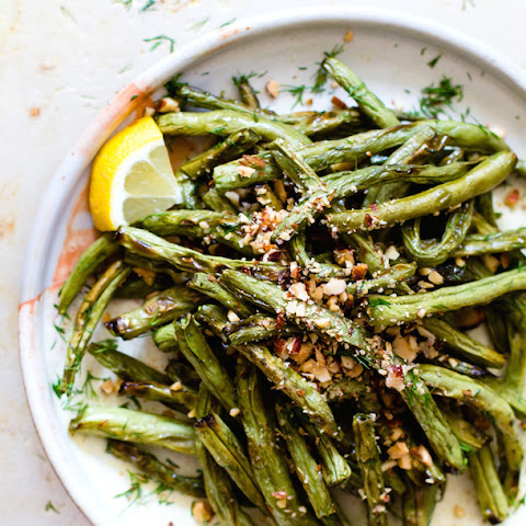 Blistered Green Beans with Crushed Almonds {paleo}