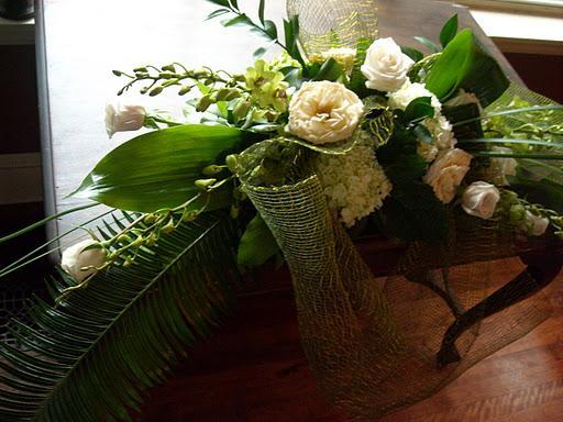 weddings flower arrangement: