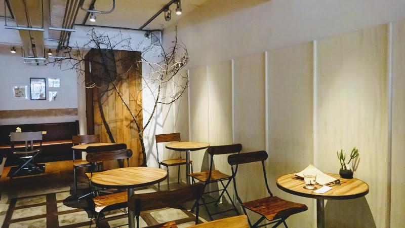 Fujin Tree 353 Cafe 富錦樹裡面座位.JPG