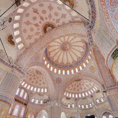 Blue_Mosque_Interior_3_Wikimedia_Commons.jpg