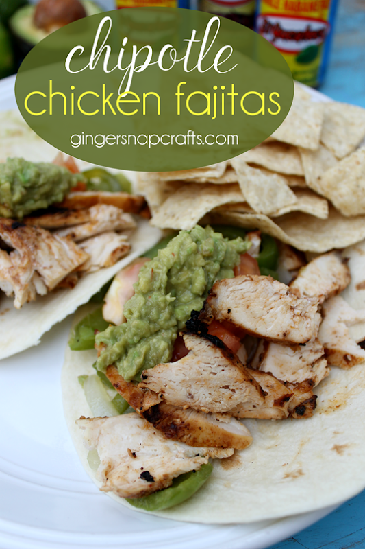Chipotle Chicken Fajitas at GingerSnapCrafts.com   #sponsored