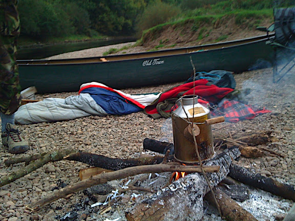 Chilly morning so we needed the fire going and some hot tea brewing in the Kelly.
