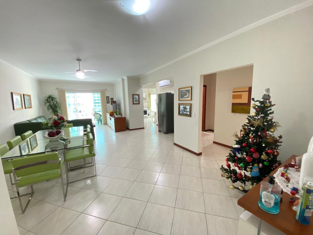 Apartamento com 3 dormitórios à venda, 120 m² por R$ 845.000,00 - Meia Praia - Itapema/SC