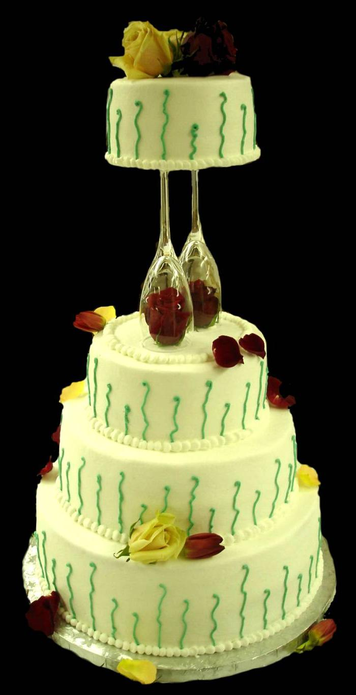 A romantic wedding cake with