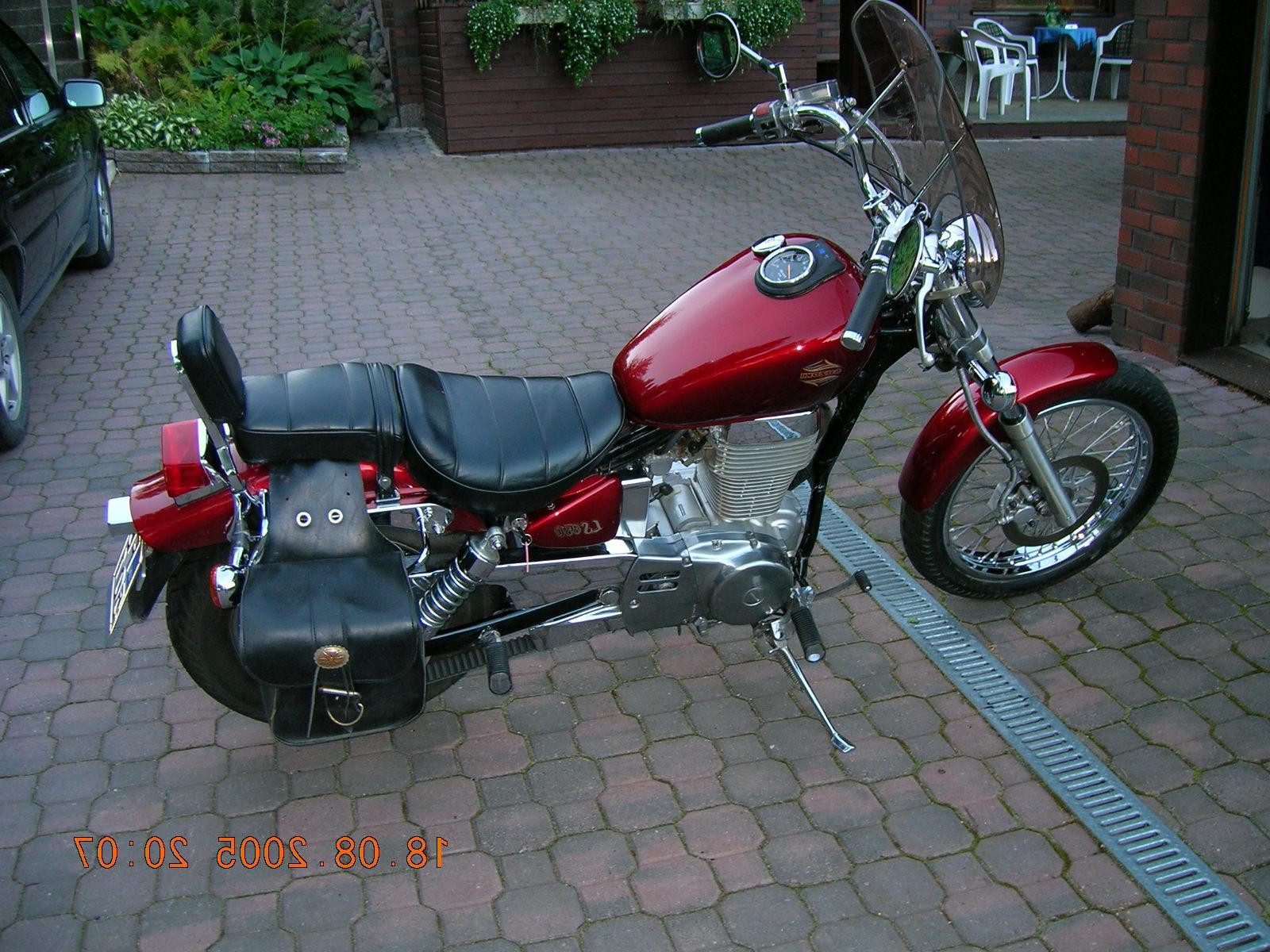 Suzuki - LS 650