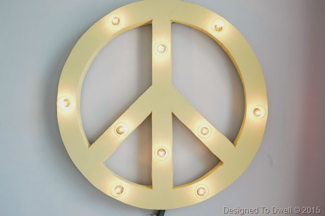 DIY Peace Sign Marquee