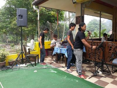 Ummiza Cafe, Jenderam Selangor | Tempat Makan Menarik, Masakan Kampung  Pelbagai Pilihan.