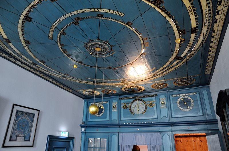eisinga-planetarium-12