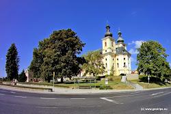 Z třicetileté války seKynšperk vzpamatoval díky zemědělství a řemeslům, hrad byl však zcelazničen. Ve 2. polovině 17. století začala obnova města, byl postaven panský dům -nové sídlo vrchnosti. V 18. století se zde začala rozvíjet textilní výroba, truhlářstvía v následujícím století i těžba hnědého uhlí. Roku 1871 se zde narodil KašparHermann, vynálezce ofsetového tisku.