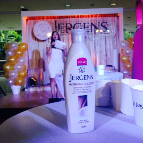 Get Glowing Skin with Jergens Event