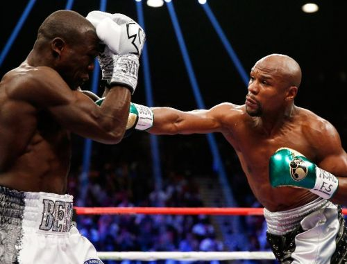 Image of Floyd Mayweather vs Berto Final Battle