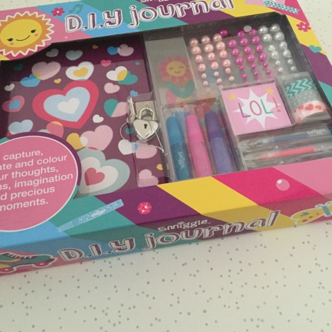 smiggle diy journal