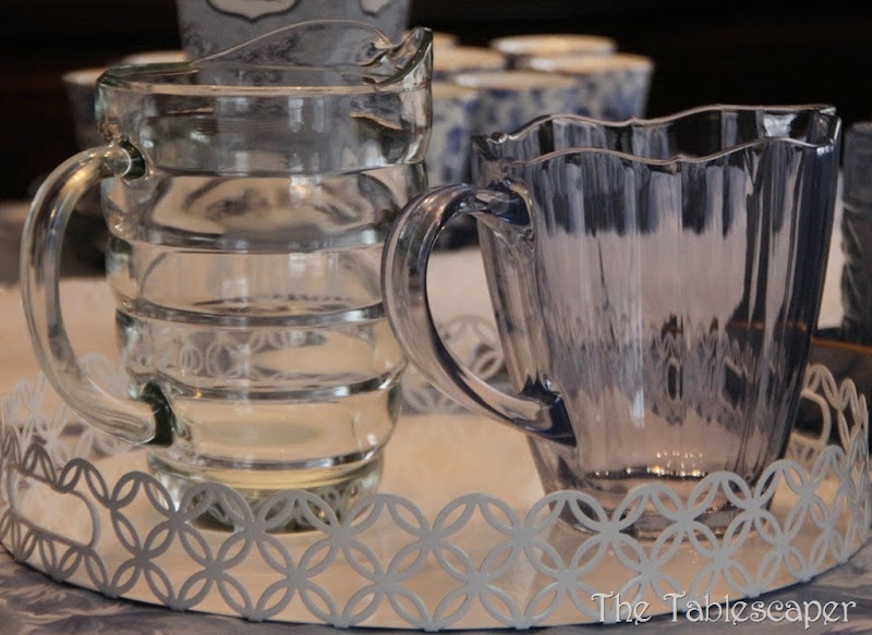 blue table & grey plaid pitchers 049