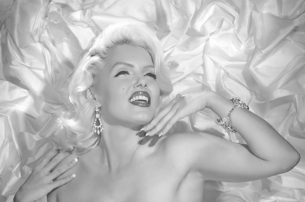 Wedding Dresses - Donna Lee