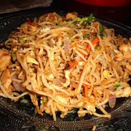 Tangled by Nisha B. - Food & Drink Plated Food ( noodles, food, noodle, plated food, chinese, chinese food, chowmein )