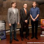 39: Anton Baranov, Artemio Milla y Bogdan Mihailescu.