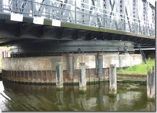 4 sutton bridge