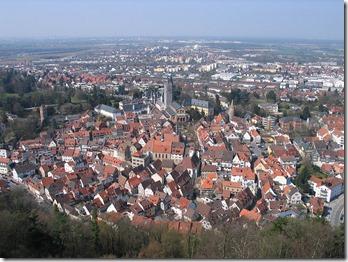 20060408-Weinheim_von_der_Burg_Windeck