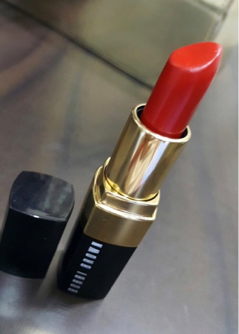 Bobbi Brown lipstick Red 10