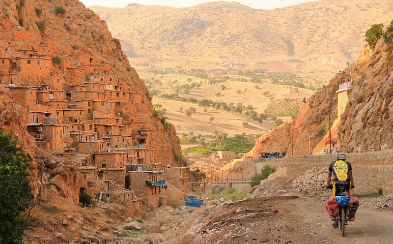 Wieś Palangan!