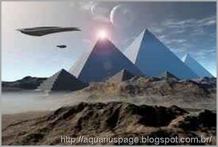 aliens-contrução-piramides-egito
