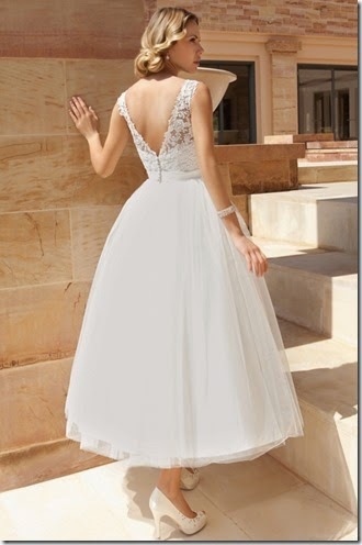 dr193-demetrios-destination-romance-wedding-dress-sec01